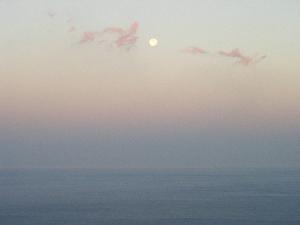 Sommermond am Meer