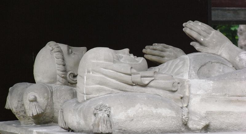 Betrieben Theologie gegen den Mainstream ihrer Zeit: Das Grab von Heloise und Abaelard in Paris. Foto: Antje Schrupp