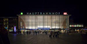 In der Silvesternacht 2015/2016 wurde der Kölner Hauptbahnhof zum Symbol für sexistische Übergriffe. R_B_by_Eckhard-Rahaus_pixelio.de